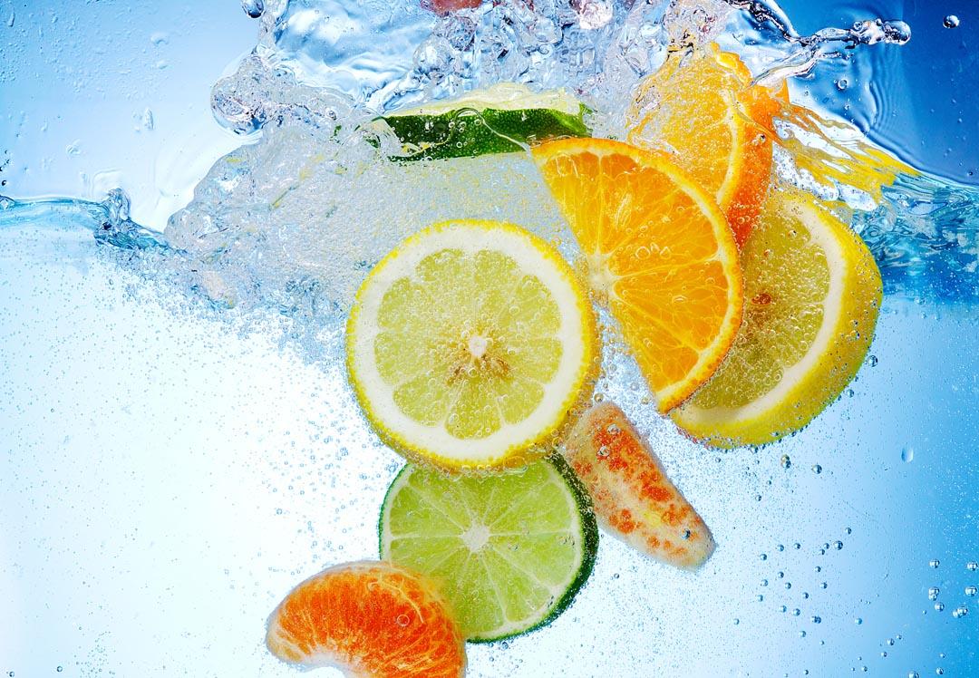 Фотообои цитрусовые в воде