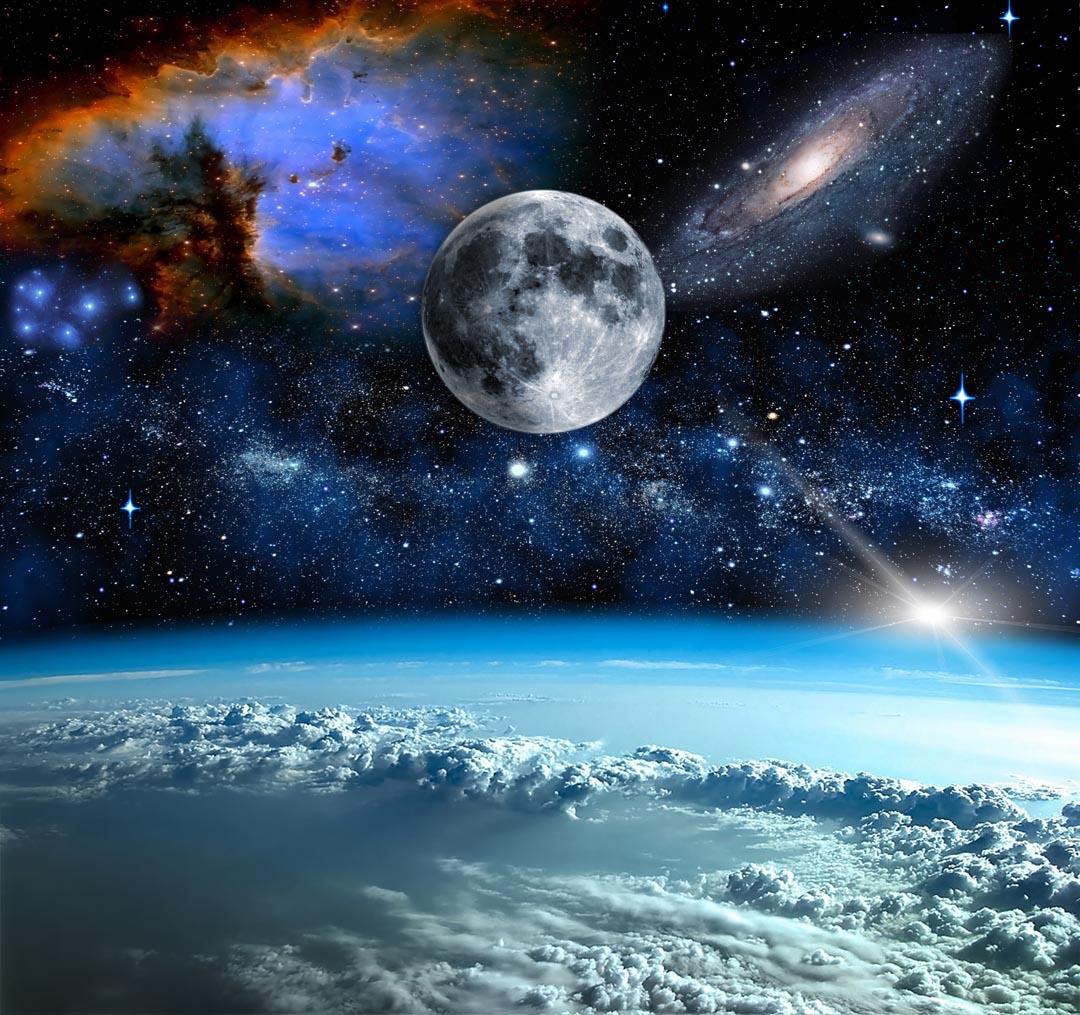 Фотообои космос и луна над олаками