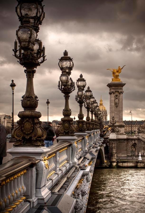 Фотообои Фонари на мосту