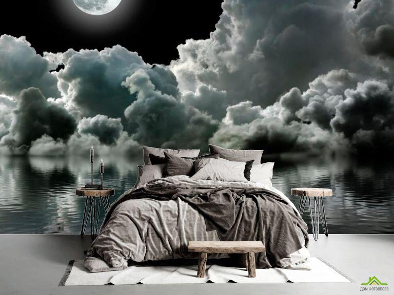 Фотообои Луна над облаками