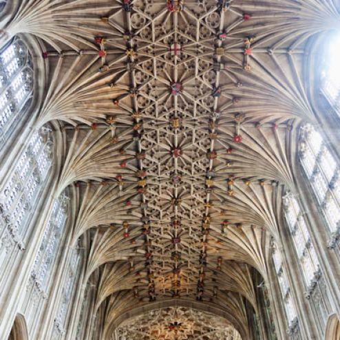 Фотообои Потолок в соборе