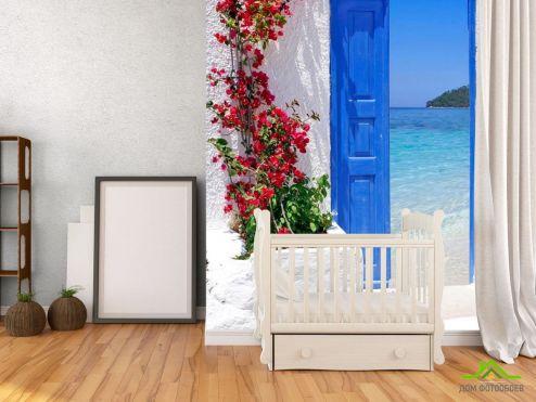 обои Город Фотообои Дверь с видом на море