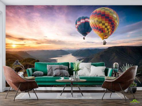 Природа Фотообои Два воздушных шара над речкой