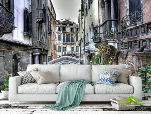 Фотообои Венеция по выгодной цене Фотообои Улочка в Венеции