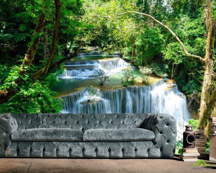 Фотообои водопад среди зеленых растений