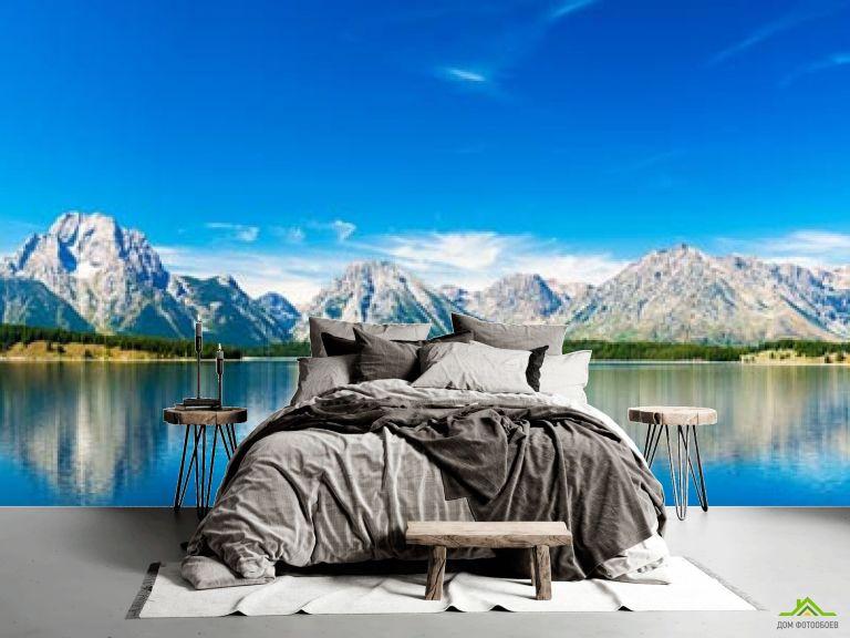 Фотообои синее озеро возле гор